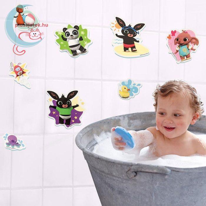 Bing 8 db-os habszivacs fürdőjáték, játék közben