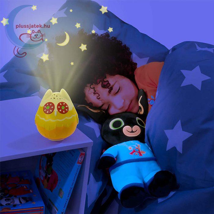 Pizsamás Bing plüss nyuszi világító, zenélő Owly bagollyal, alvás közben