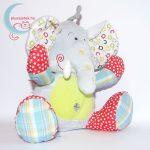 Tiamo ABC elefánt plüss babáknak jobbról
