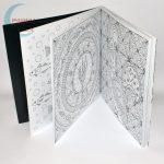 Dream Journey 68 képes felnőtt kifestő, színező könyv - nyitva