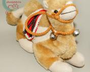 Karácsonyi teve plüss csörgőkkel jobb oldalról