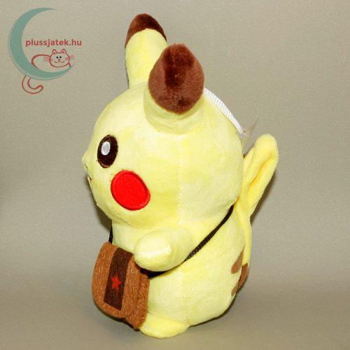 Pikachu kis táskával plüss (20 cm) bal oldalról